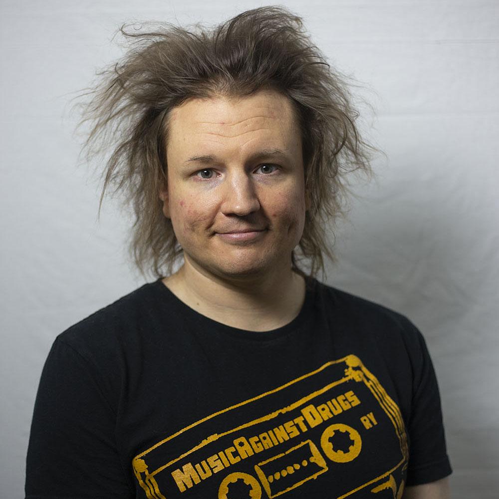 Music Against Drugs ry:n toiminnanjohtaja Sampo-Ilmari Tuhkalehto. Kuva tiimiläinen Jenna Mäenpää.
